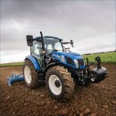 New Holland T5 Dual Command Utility