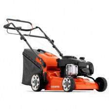Husqvarna LC 140S Self-Propelled Petrol Lawnmower
