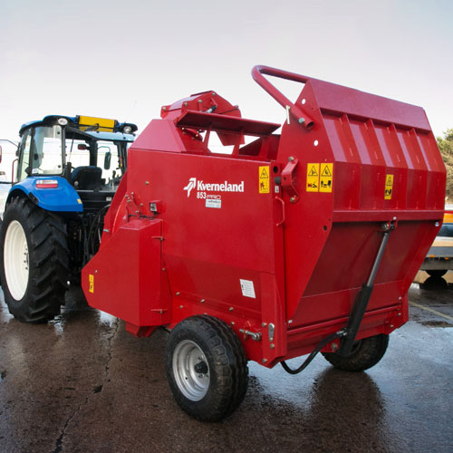 Kverneland 853 Pro Bale Chopper / Shredder Bedder