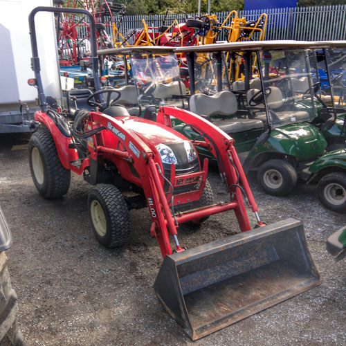 Used Compact Tractor: Branson 2900h with BL00 Loader