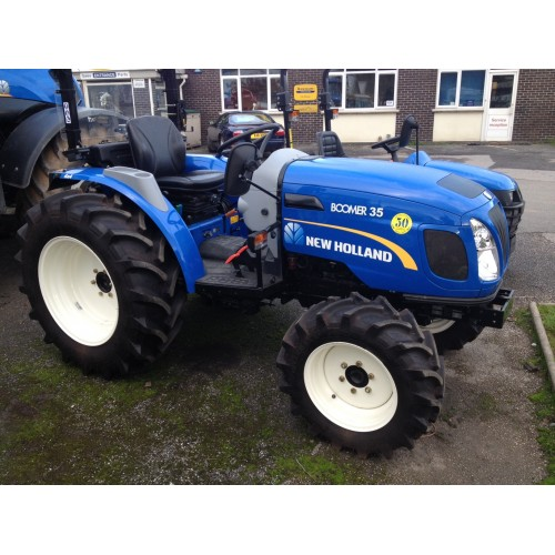 New Holland Boomer Compact Tractors : Compact tractors new holland boomer tractor